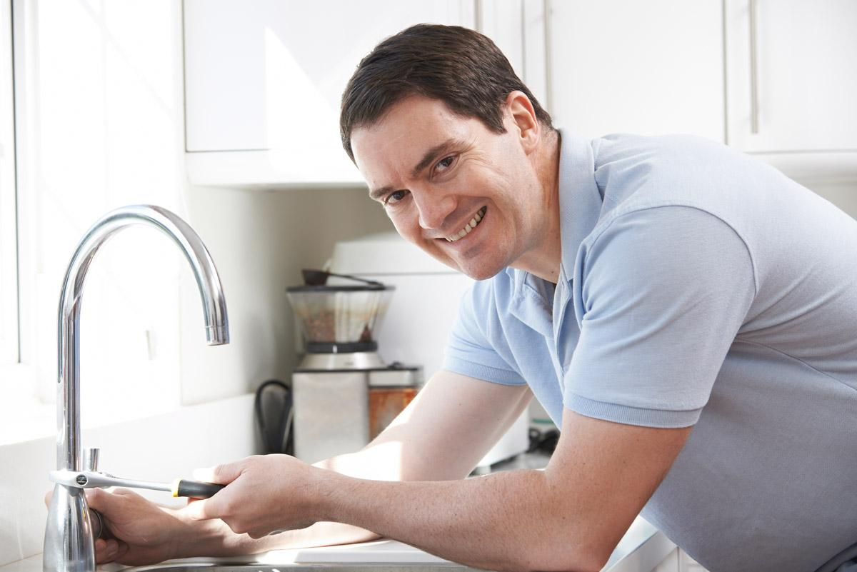 4 Tips to Hiring the Perfect Plumber